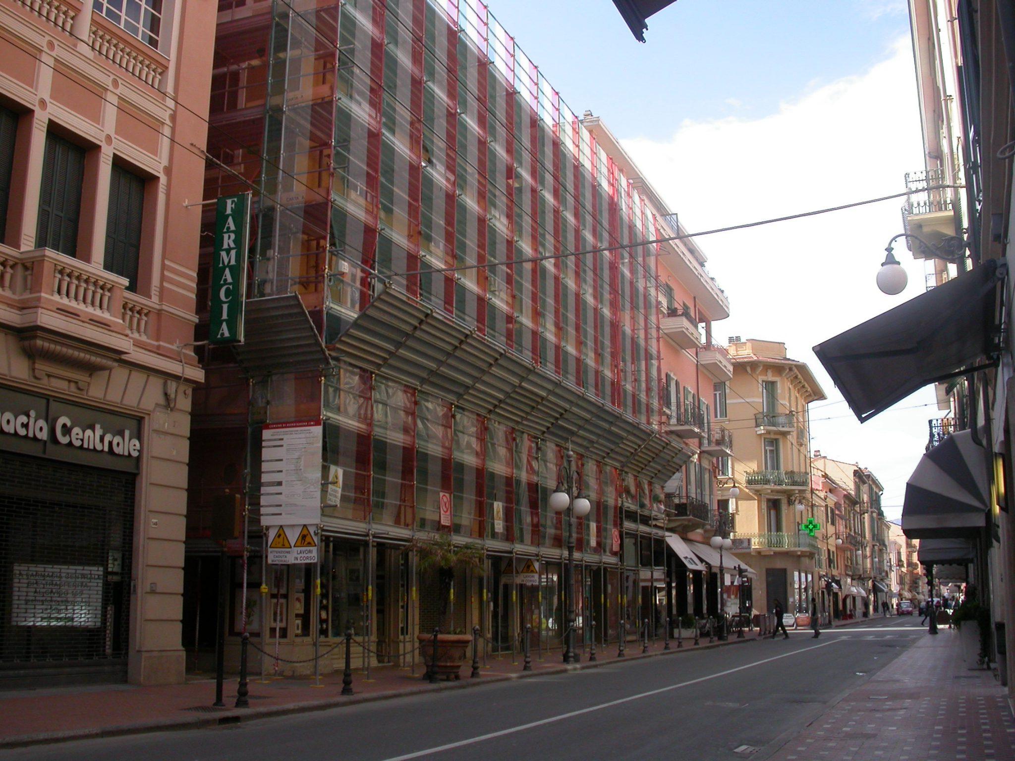 Via V. Emanuele, 151