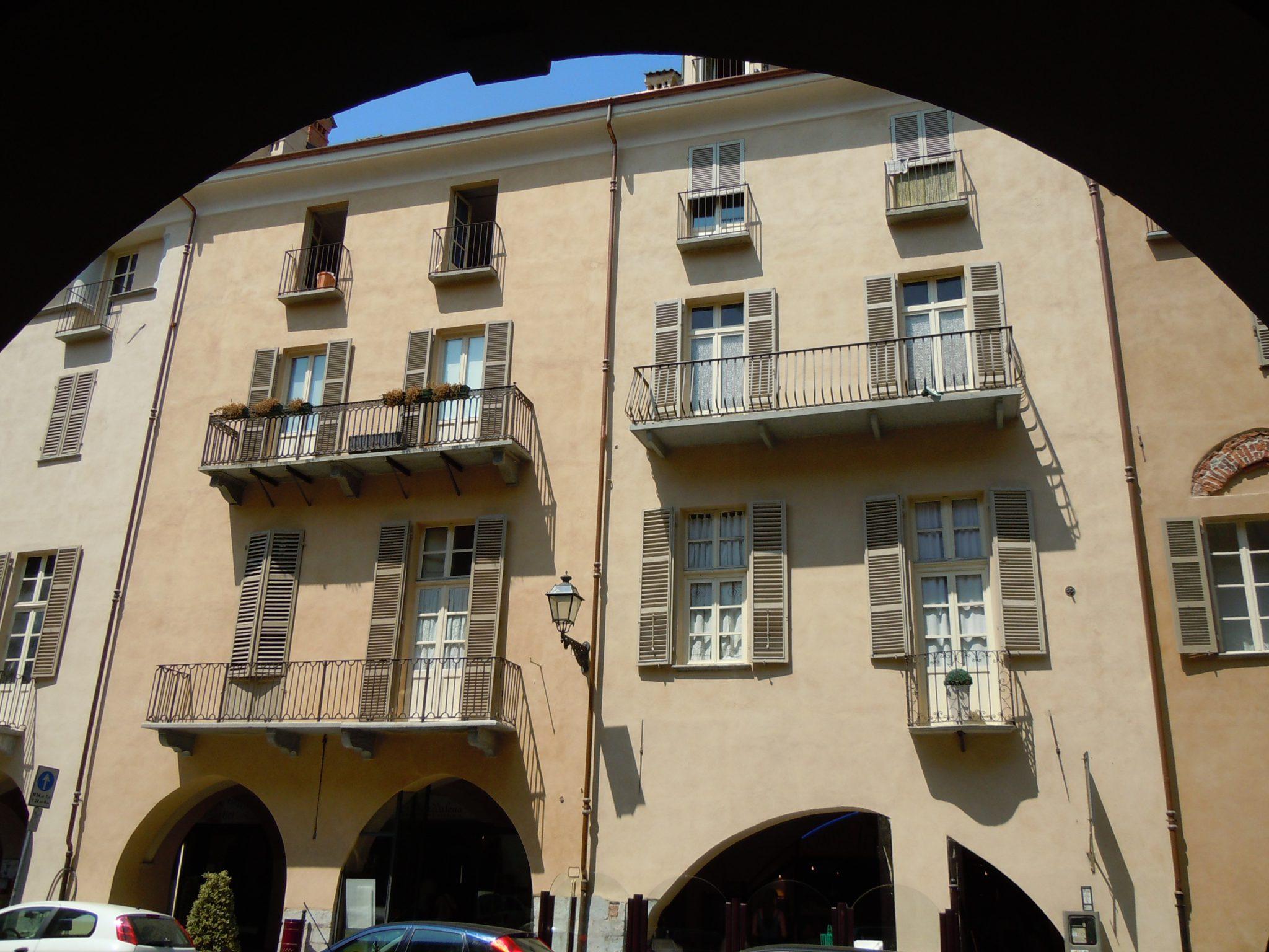Via Roma – angolo P.zza Santa Maria