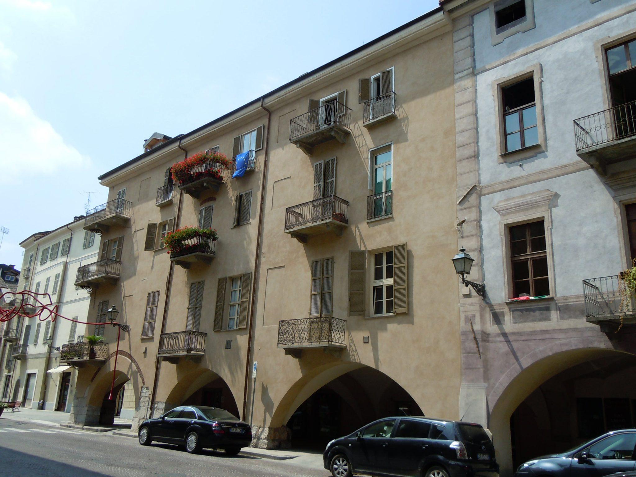 Via Roma – angolo Via Sette Assedi